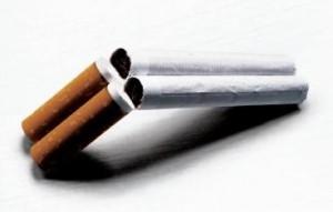 куріння шкодить здоров ю курця і тих, хто поруч з ним