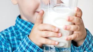 лактазна недостатність у дітей проявляється непереносимістю молочніх продуктів