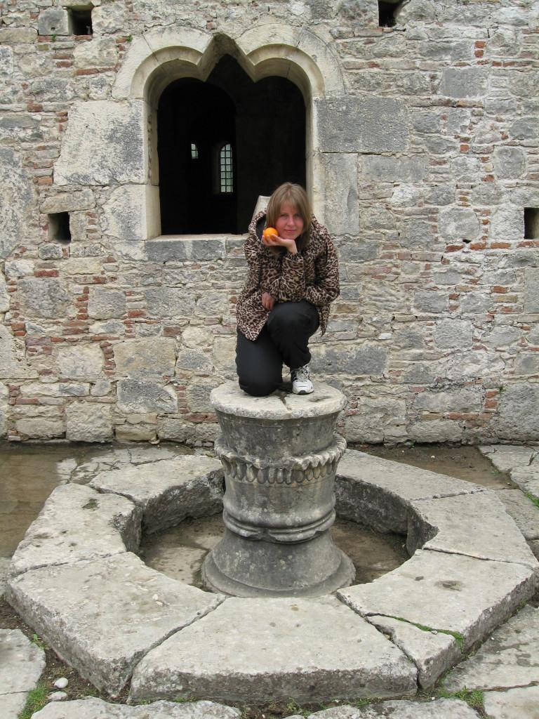 внутренний дворик, когда-то здесь был фонтан